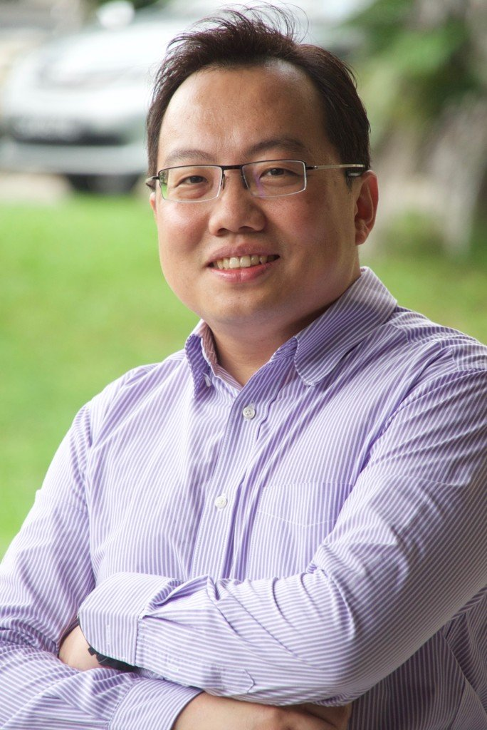 Mr Gabriel Tan - top tutor in physics in singapore